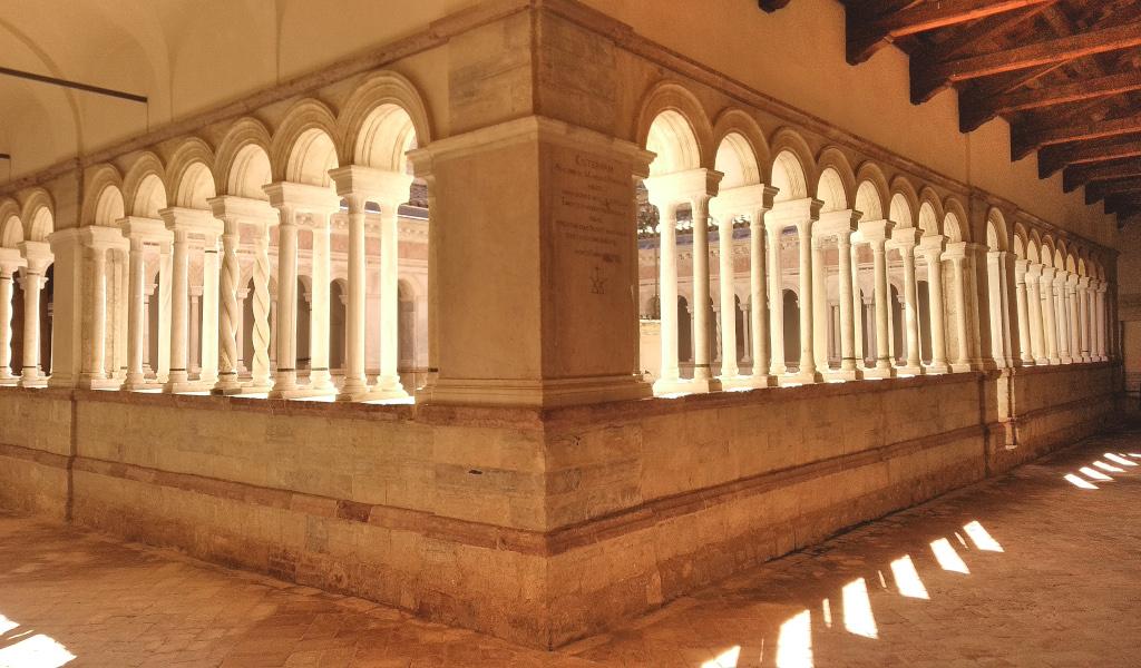 chiostro abbazia di sassovivo